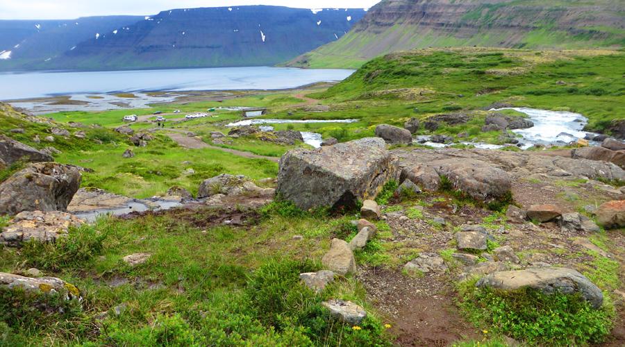Günstig durch Island: Wasserfälle und Co. kosten nichts.