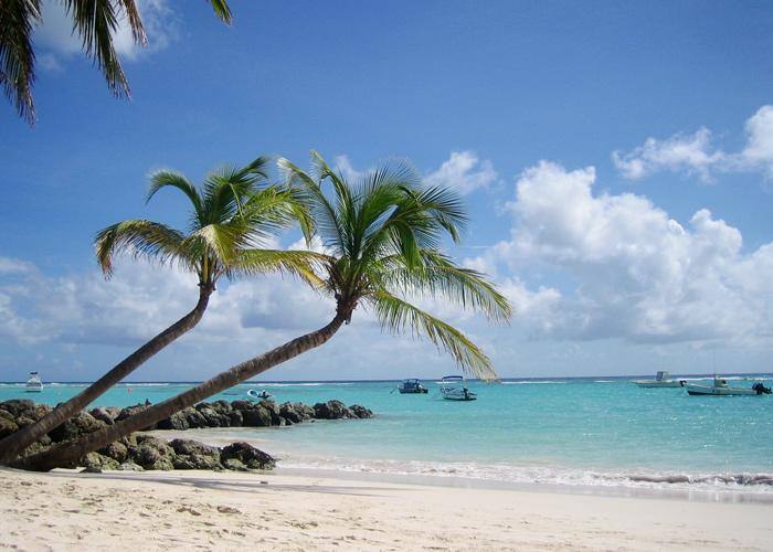Sommerurlaub im Winter auf Barbados am Worthing Beach