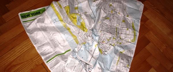 Der Stadtplan zum Zerknüllen.