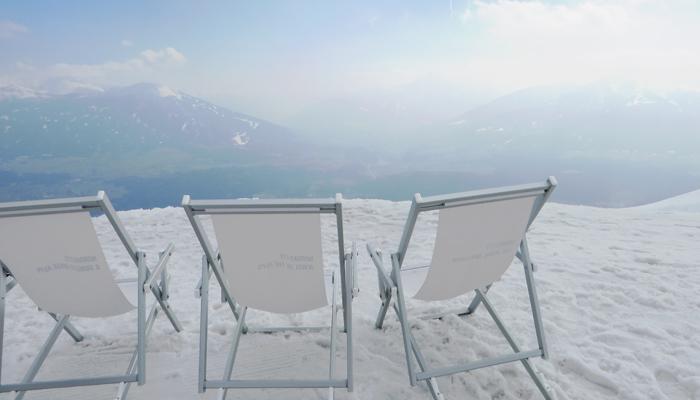 Liegestühle auf der Seegrube in Innsbruck