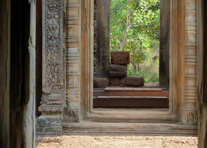 Tempel außerhalb von Angkor