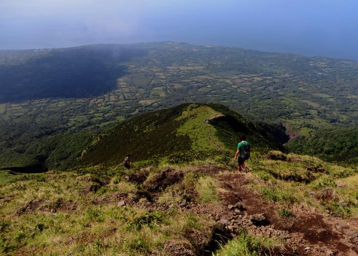 Vulkanaufstieg auf der Insel Omepete beim Backpacking in Nicaragua