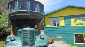 Punakaiki_Neuseeland_Hostel_Bus