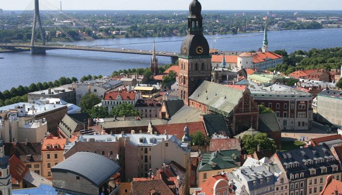 Blick von der Petrikirche in Riga