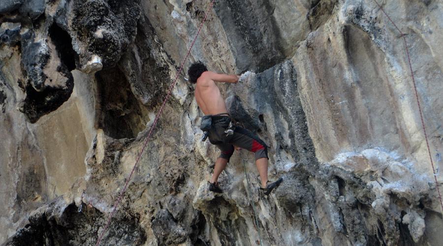 Klettern in Tonsai, Thailand