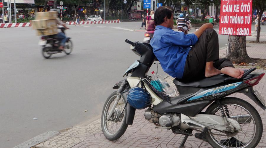 Mopedfahrer in Vietnam