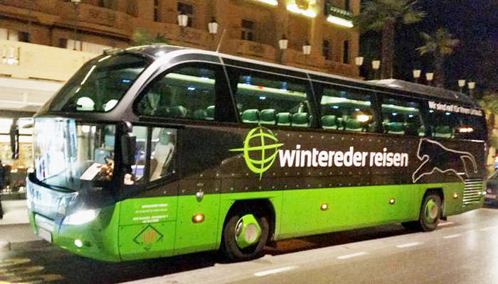 Wintereder Bus