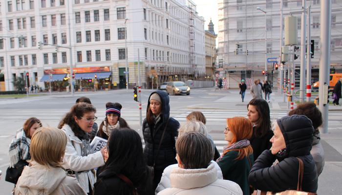 Obdachlose führen durch Wien_Shades Tours