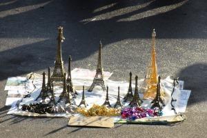 In Paris gibt es viele Eiffeltürme ... aber nur einer steht außer Konkurrenz.