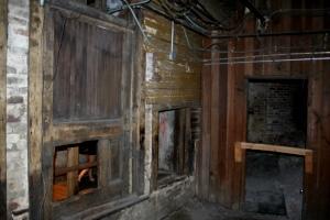 Das alte Seattle beinahe unberührt nach dem Brand 1889. Eine bizarre Besichtigung ungesehen vom Alltag im heutigen Erdgeschoß.