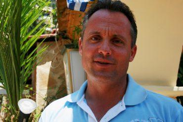 Gastwirt Aris aus Griechenland