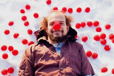 Fotograf mit roter Nase