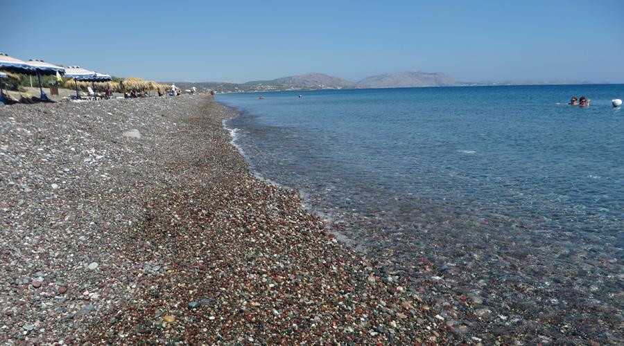 Gennadi Beach, einer der gemütlichsten Strände auf Rhodos.