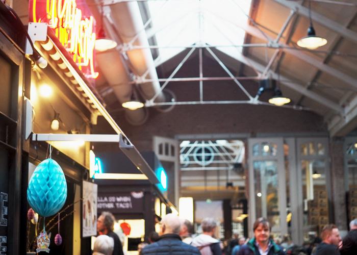 Tipps für coole Orte in Amsterdam_Foodmarkt De Hallen