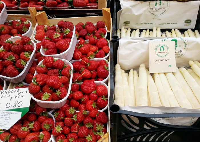 Obstmarkt in Bozen, Südtirol