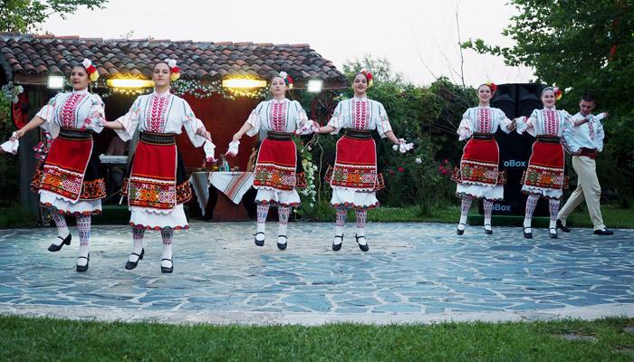 Sehenswuerdigkeiten in Bulgarien_Tanzshow