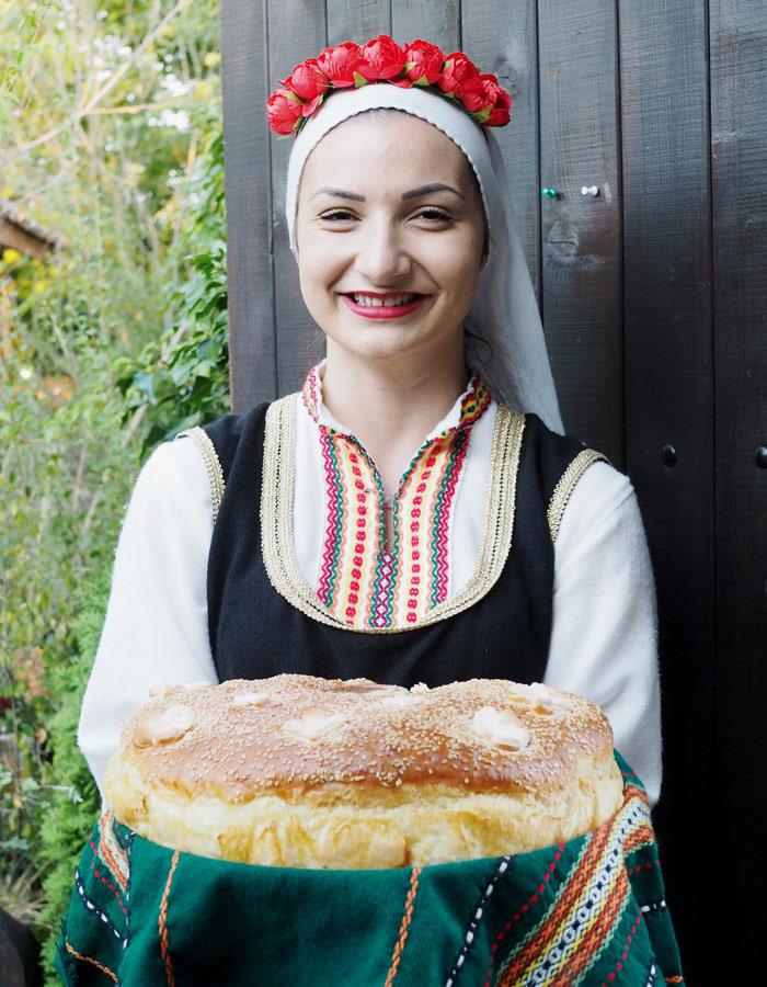 Sehenswuerdigkeiten in Bulgarien_Brotempfang