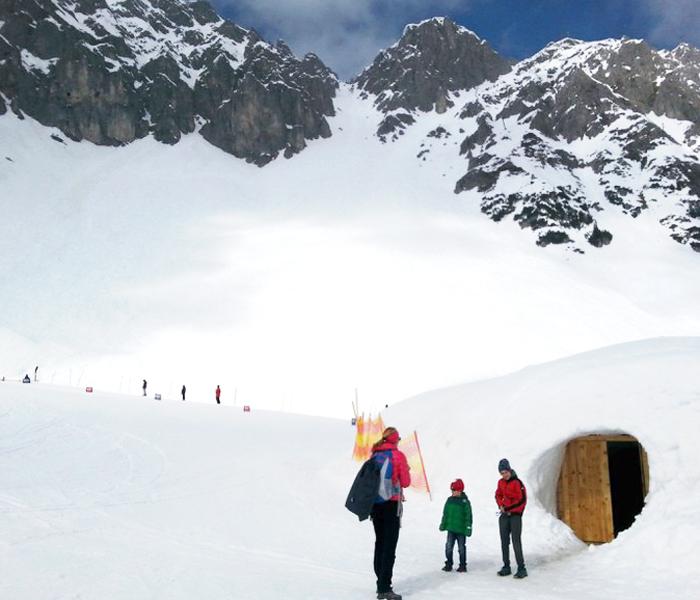 Schneeiglu auf der Seegrube in Innsbruck