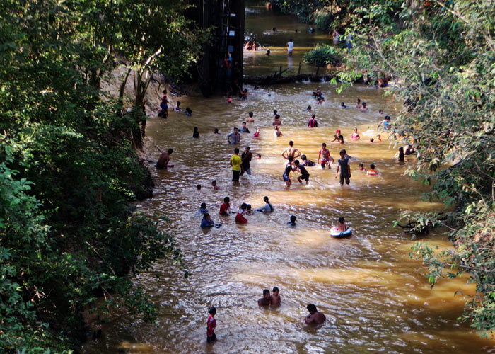 Flussbad, Siem Reap, Kambodscha