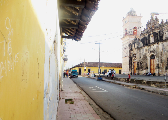 Blick auf Granada beim Backpacking in Nicaragua
