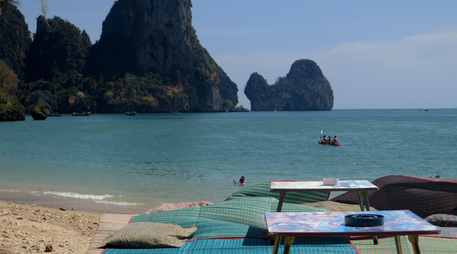 Tonsai Beach Bar in Thailand