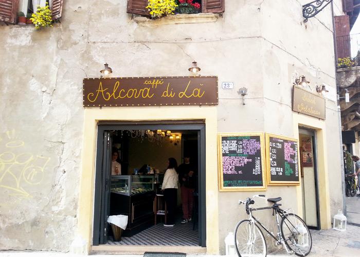 Cafe in Verona, Italien
