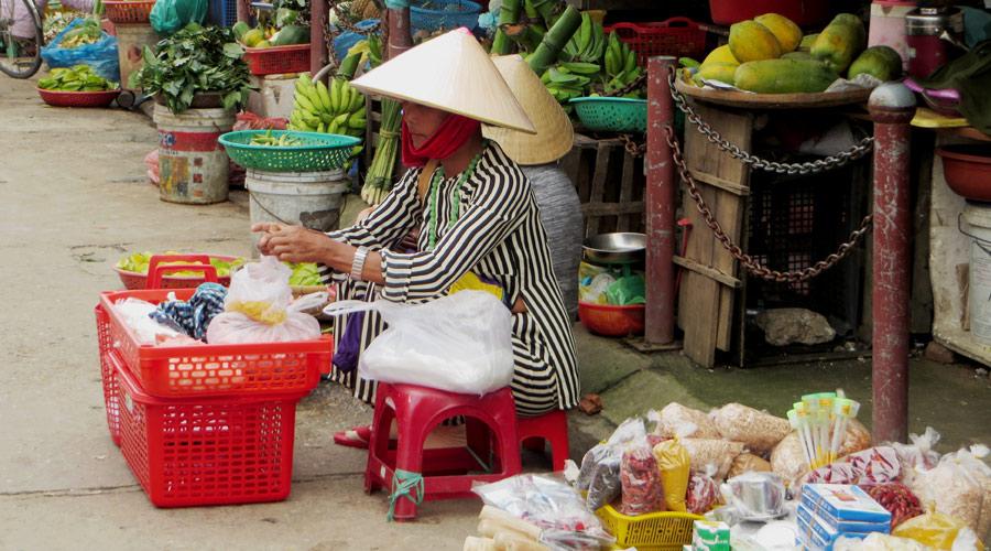 Vietnamesischer Straßenmarkt