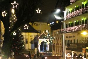 Eingang zum Adventmarkt in St. Wolfgang