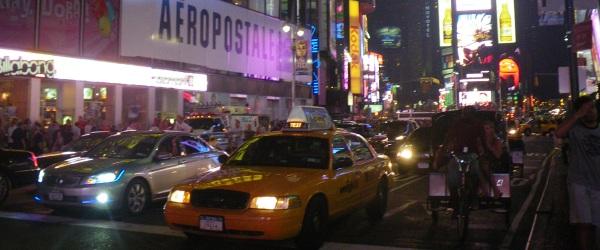 Die berühmten Lichter am Times Square, NYC.
